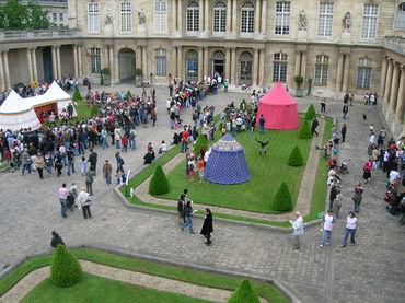 Jour de fête aux Archives nationales